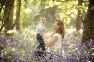 Gloucestershire child family portrait photographer