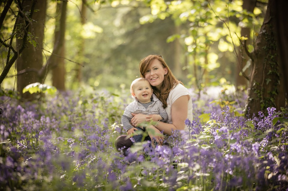 Mother baby bluebells photoshoot Gloucestershire