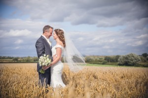 Gloucester wedding photographer country wedding