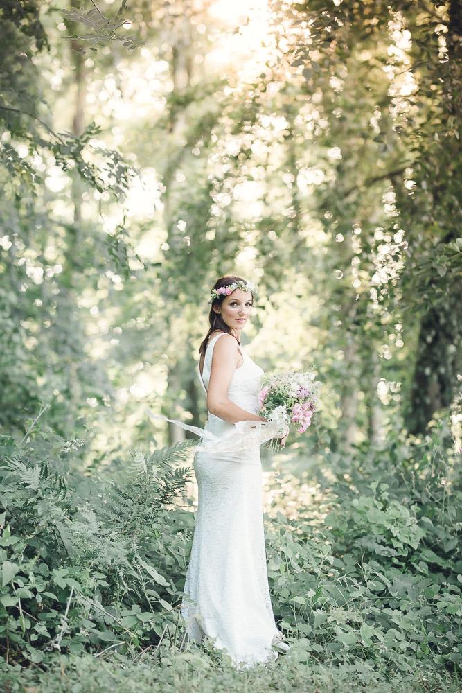 Woodland Bride Hannah Buckland Photography
